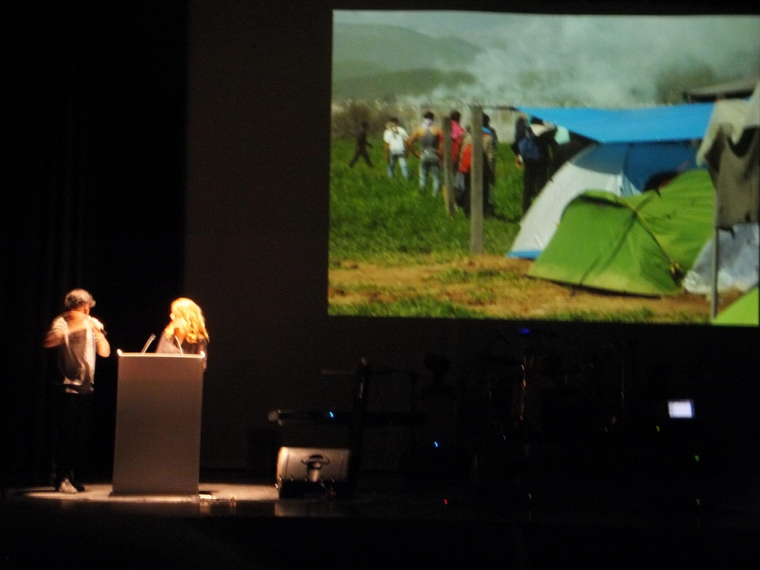 campana-sensibilizacion-j-e-concert-solidari-a-favor-dels-refujiats-del-camp-dendomeni-062